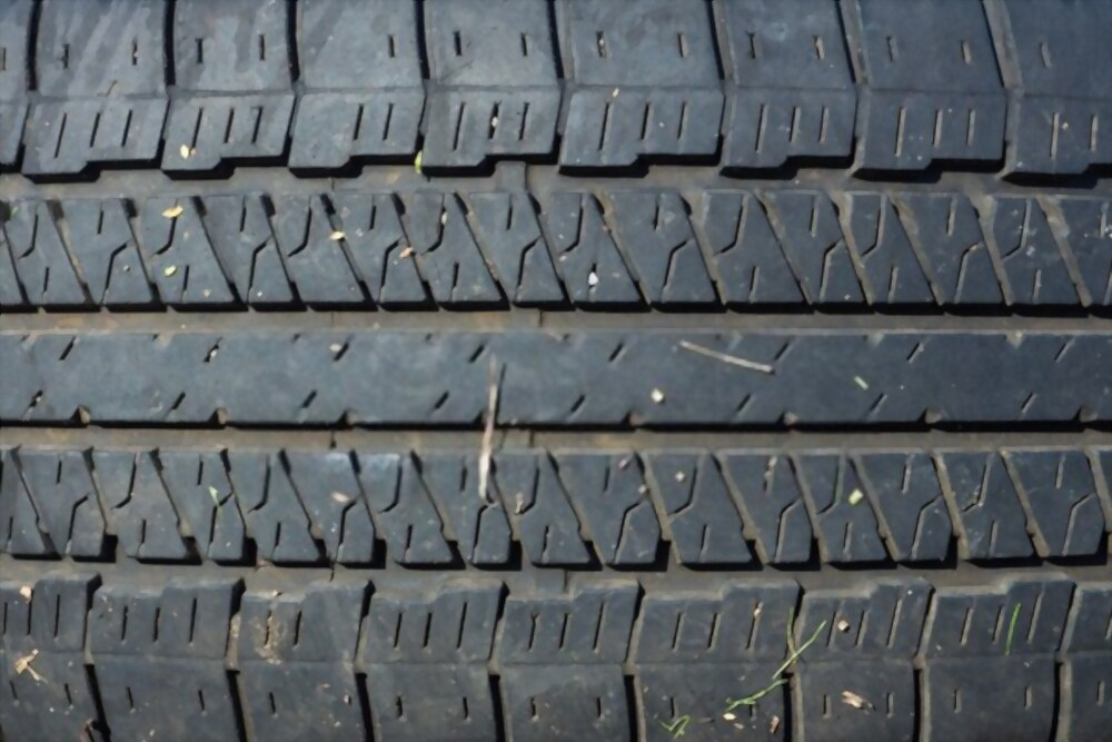 Tire Wide Grooves